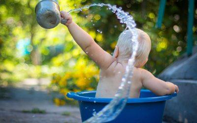 Conseils pour passer du bain à l'éponge au bain dans la baignoire !